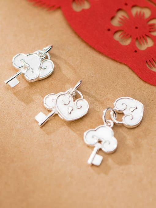 FAN 925 Sterling Silver Key Lock Charm Height : 16.5 mm , Width: 12 mm 2
