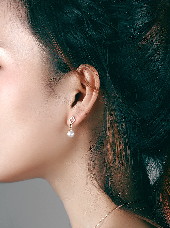 Women Girl Fashion Clover with Pearl Platinum Plated High polished Pierced Ear Studs Earrings