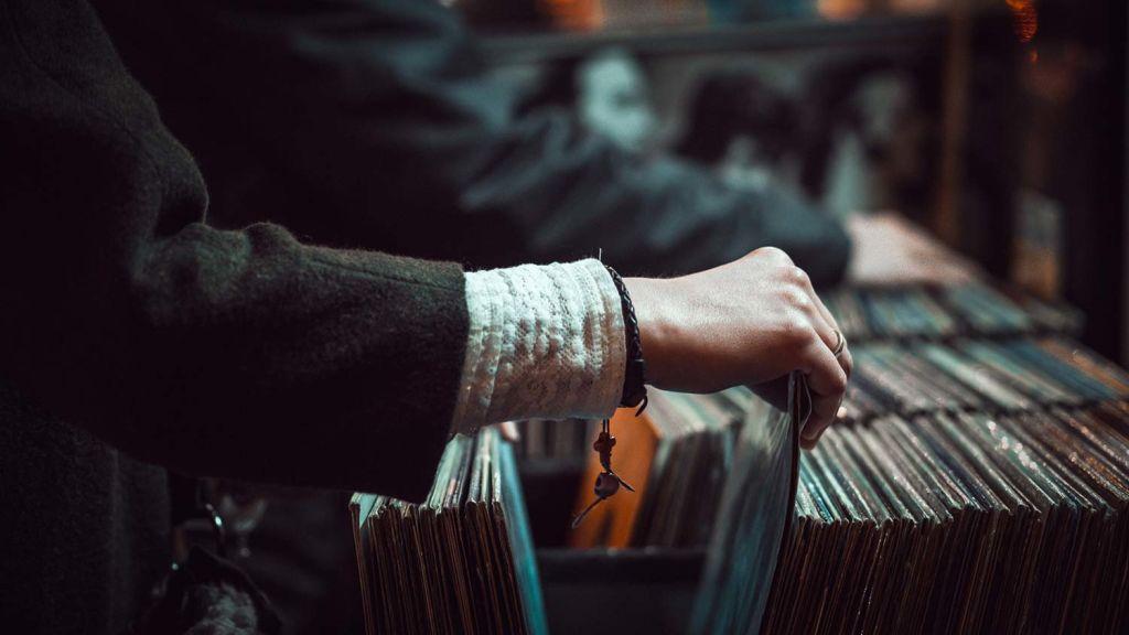 Choosing records