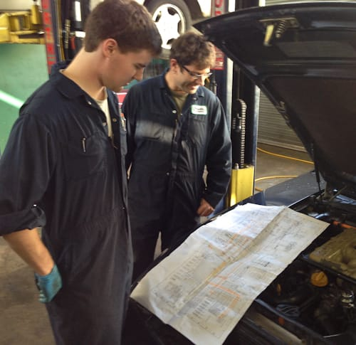 Matt and Nigel review the enormous wiring diagram for the engine electronic circuits prior to diagnosis
