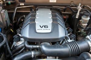 Isuzu V6 Engine