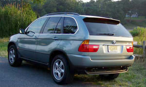 BMW X5. Luxurious, Impressive, Problematic & Expensive