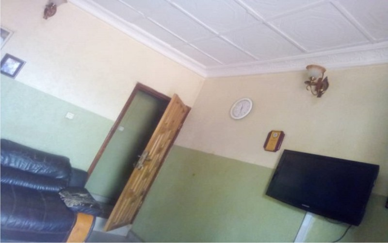 4 bedroom bungalow at Ijede, Ikorodu on one and a half plot for sale
