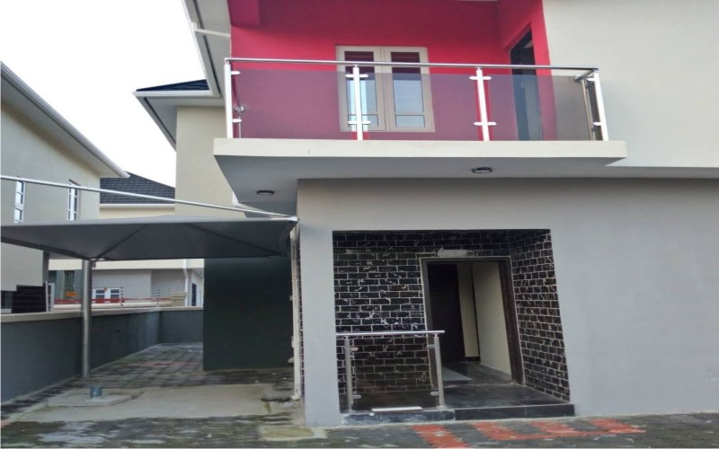 5 bedroom duplex for short let at Ikoyi