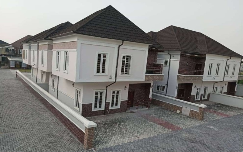 4 Bedrooms Duplex for short let at Ikate, Lekki