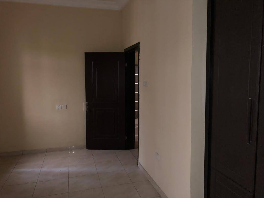 5 Bedrooms Semi-Detached Duplex For Sale At Osapa London