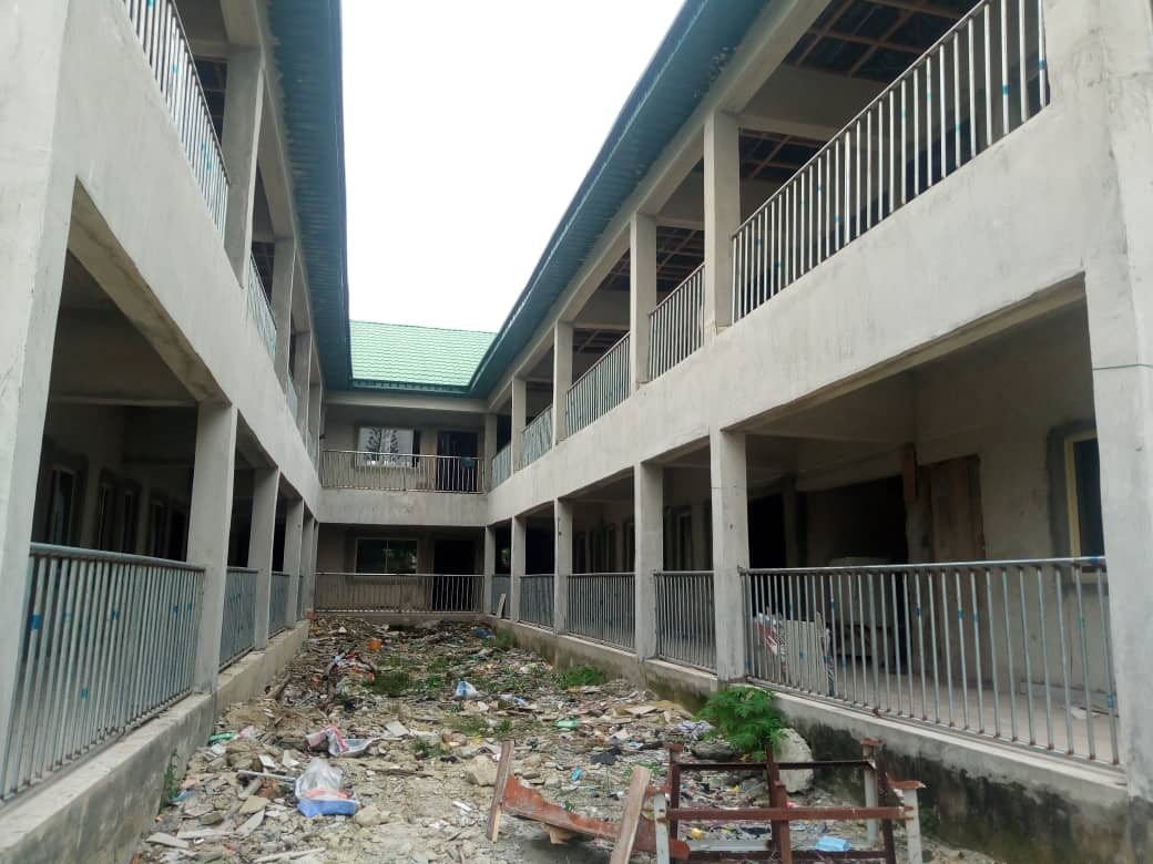 30 Classrooms School for sale at Majek Abijoh close to Fara Park off Lekki-Epe way