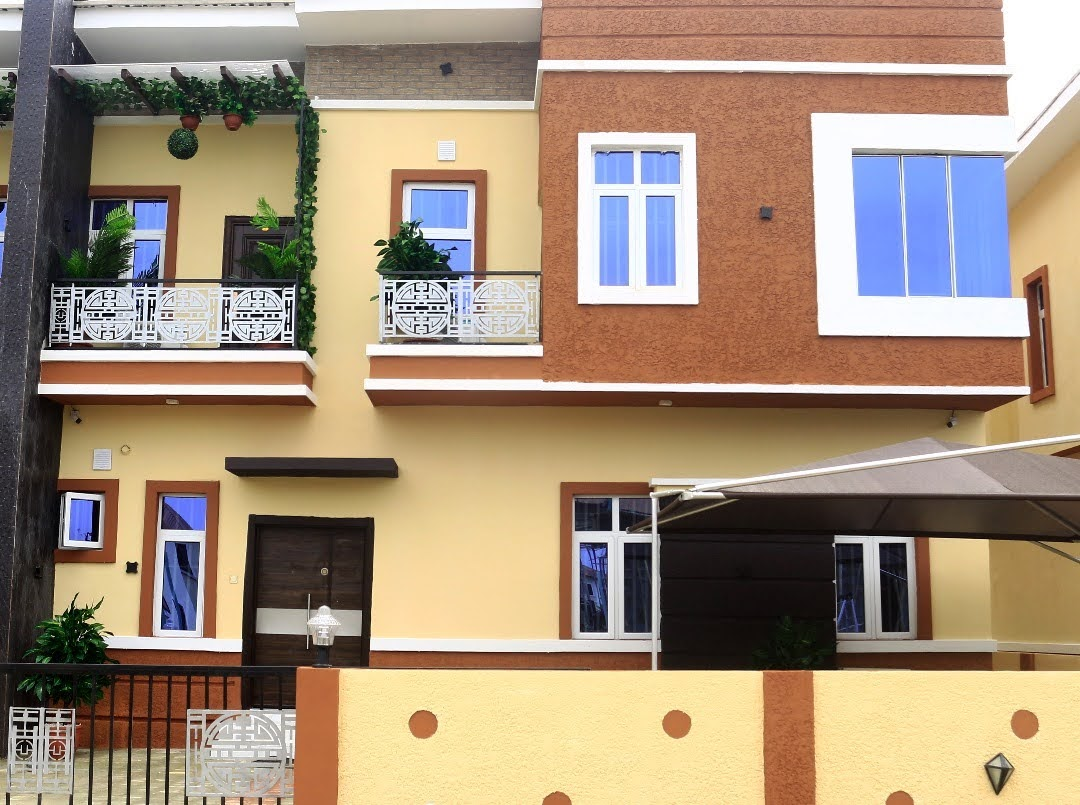 3 Bedrooms terrace duplex for sale at Orchid roads by Chevron