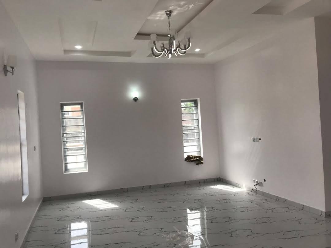 3 Bedrooms Duplex for rent at Lekki Phase 1