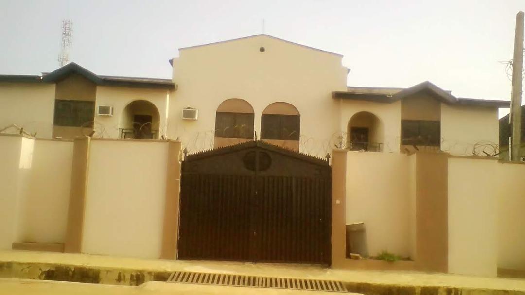 7 bedrooms detached duplex for sale at Green Land Estate, opposite Diamond Estate Egbeda