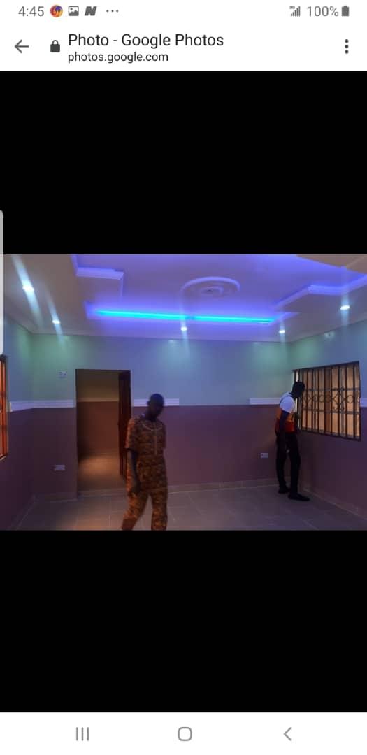 2 units of 2 bedrooms flat all ensuite at Pakuro off Lagos Ibadan Expressway
