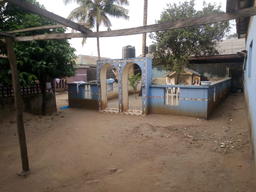 2 bedroom flat and another building as a church at magboro ogun state for sale