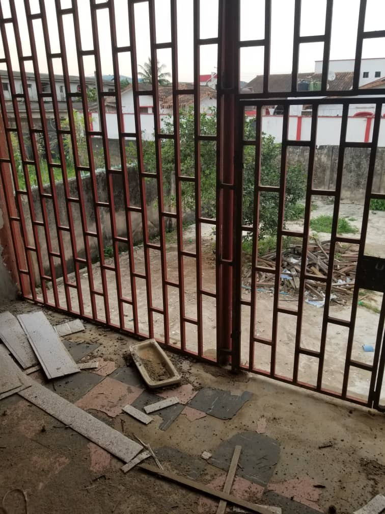 4 units of 2 bedrooms flats on a plot of land at Suberu, Oje Alagbado, Lagos