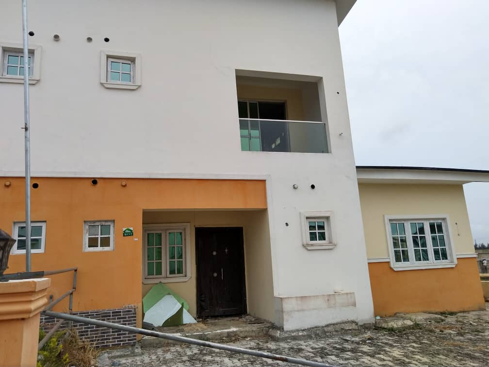 4 bedrooms detached duplex at Lekki Gardens, Chevron drive Lekki for sale