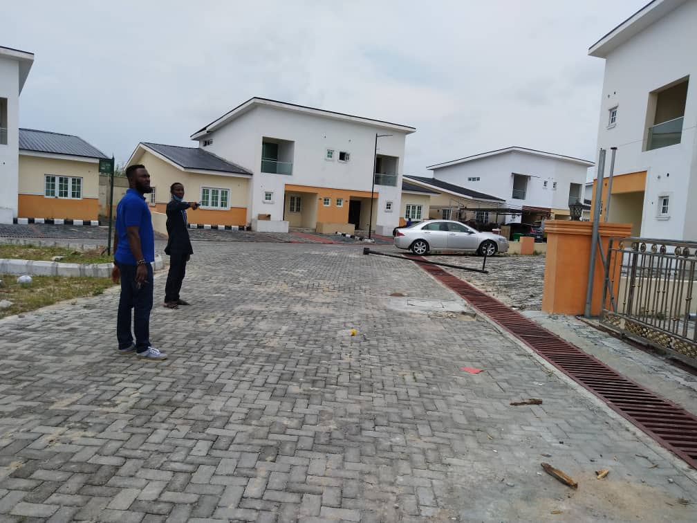 4 bedrooms detached duplex at Lekki Gardens, Chevron drive Lekki for sale
