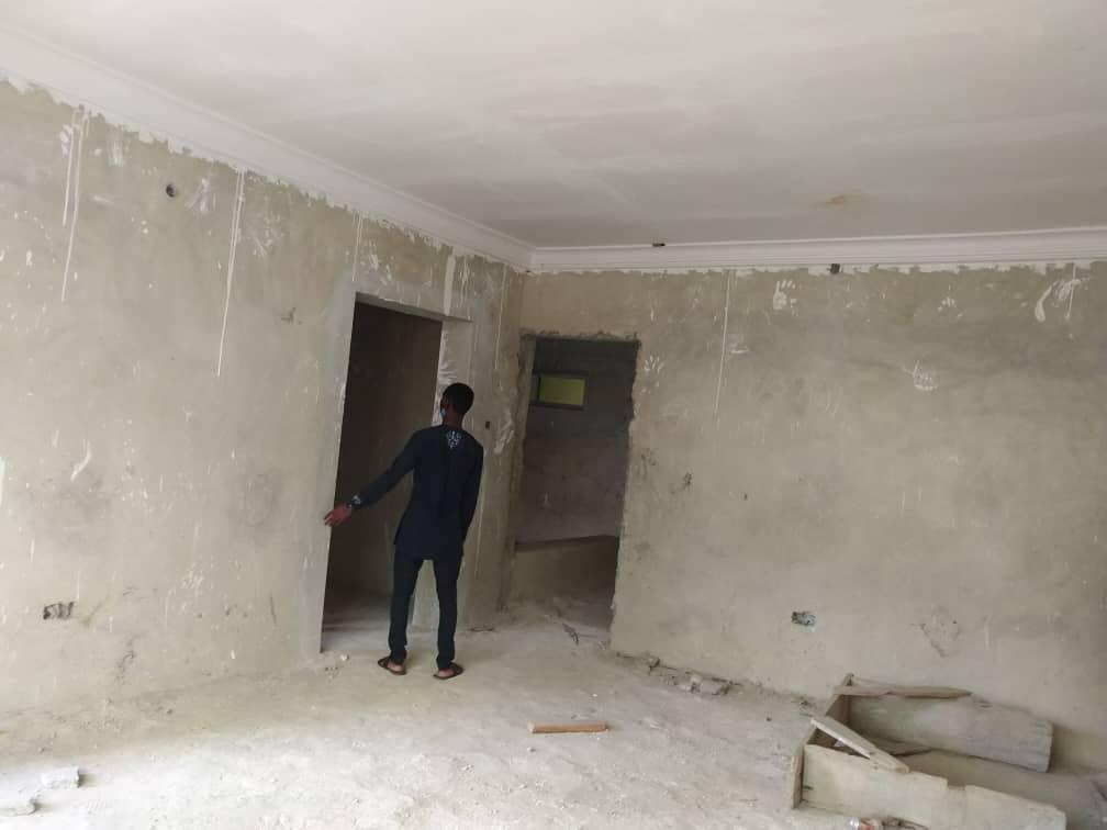 4 bedrooms semi detached duplex at Lekki Gardens, Chevron drive Lekki for sale