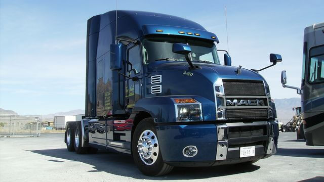 2019 Mack Anthem Truck- High quality semi truck paint