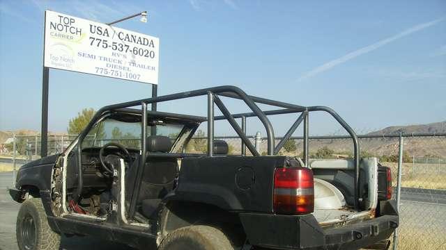 1998 Jeep Grand Cherokee Custom Roll Cage Fabrication