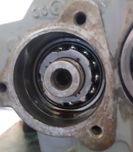 Unidade compressora com porca de fixação danificada