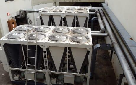 Manutenção chiller Hitachi