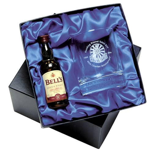 These miniature Bells Whiskey sets make great  promotional Christmas giveaways for your customers.
