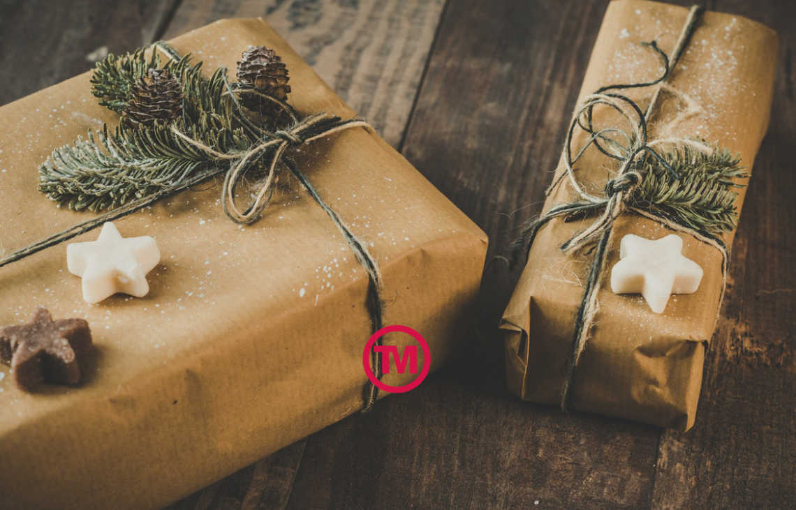 Using branded giveaways at Christmas