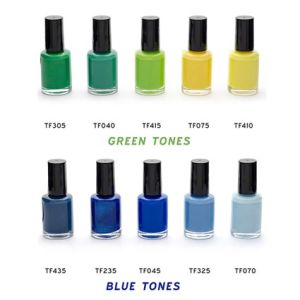 Each set will contain two promotional polishes in your chosen colours, presented in a clear PVC box.
