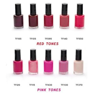 These printed nail varnish sets will add a smart touch to any nail parlour, beauty salon or spa.