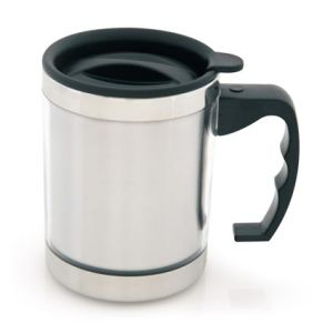 The sturdy finger grip handle on these branded travel mugs ensures customer comfort.