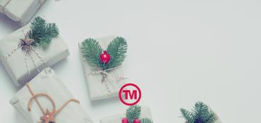 Say Merry Christmas with Printed Christmas Gifts