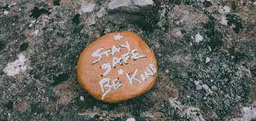 4 Simple Ways Your Business Can Be Kinder This Winter