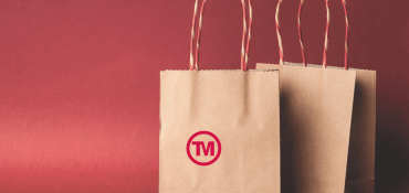 The Perfect Promotional Bags to Carry Christmas Shopping