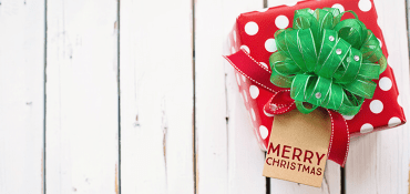 Using Promotional Items With Your Logo at Christmas