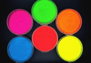 Fluo por pigmentek és speciáls efektek