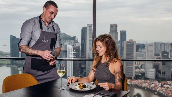 SKAI-Restaurant-Swissotel-the-Stamford-Singapur