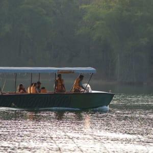 Evolve Back Kuruba Safari Lodge à Parc national de Nagarhole: Boat Safari