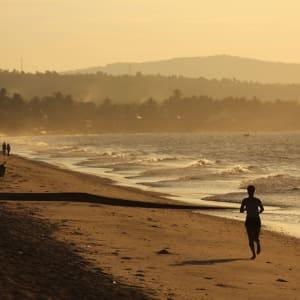 Blue Ocean Resort à Phan Thiet: Jogging on the Beach