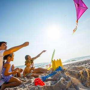 Intercontinental Hua Hin Resort: Playing Kite