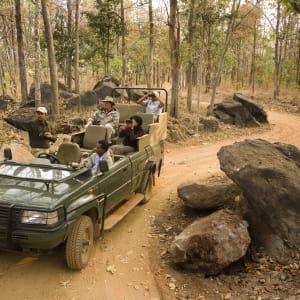 Baghvan Lodge in Pench: Safari Jeep 4x4
