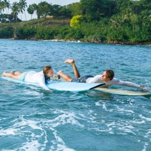 Anantara Peace Haven Tangalle Resort: Surfing with Tropicsurf