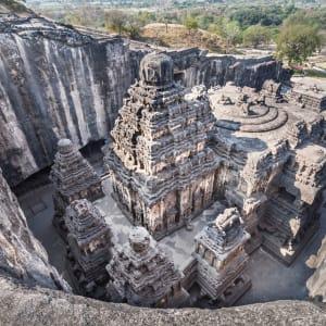 «The Deccan Odyssey» - Die Juwelen des Dekkans ab Mumbai: Ajanta caves near Aurangabad