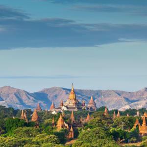 La fascination du Myanmar – un pays en mutation de Yangon: Bagan: Archaeological Zone