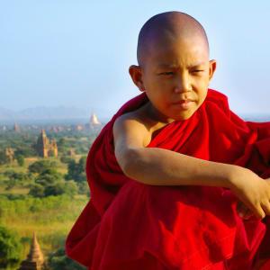 Le pays doré de Yangon: Bagan: young monk