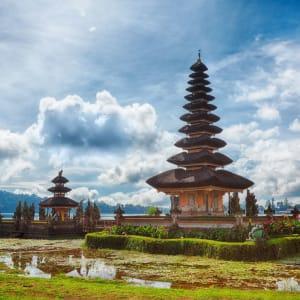 Java-Bali pour les fins connaisseurs de Yogyakarta: Bali Pura Ulun Danu temple