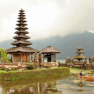 Java-Bali für Geniesser ab Yogyakarta: Bali Ulun Danau Temple