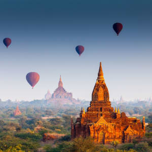 Découverte active du Myanmar de Yangon: Balloons over Bagan