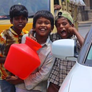 Le sud diversifié de l'Inde de Kochi: Bangalore: kids having fun