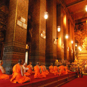 Bangkok Explorer: Bangkok Buddha image and monks in Wat Pho Temple