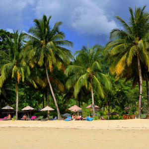 Khao Lak Paradise Resort: Beach