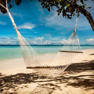 Zeavola Resort in Ko Phi Phi: Beach